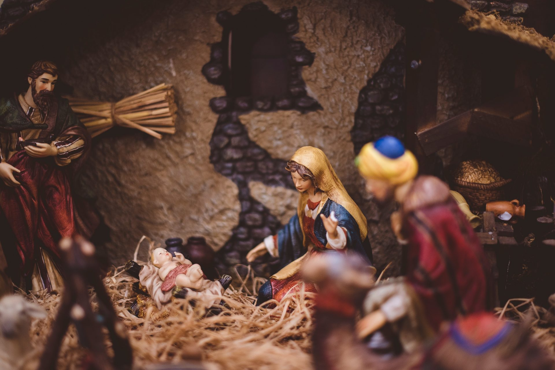 Tips to Share the Gospel More Effectively this Holiday Season