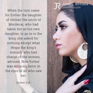 Esther 2:15